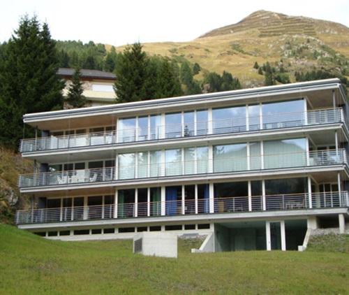 MFH Minergie Haus Egg Davos Graubünden CH